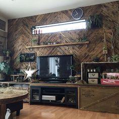 Mackeyさんの、壁/天井,DIY,ディスプレイ,アメリカン,フェイクグリーン,アメリカンビンテージ,リノベーション,いなざうるす屋さん,セルフリノベーション,ヘリンボーン,男前インテリア,リノベ,RC九州支部,しゃれとんしゃあ会,木のある暮らし,ヘリンボーンDIY,ヘリンボーン壁,木のある生活,インスタmackey2480,のお部屋写真