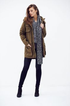 The Sophia is a waxed canvas parka, made out of GOTS certified organic cotton. Vegan Fashion, New Fashion, Womens Fashion, Ethical Clothing, Ethical Fashion, Fair Trade Fashion, Sweater Jacket, Lady, Mantel