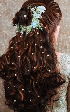 Open Hairstyles, Indian Bridal Hairstyles, Latest Hairstyles, Bride Hairstyles, Latest Bridal Dresses, Wedding Dresses, Engagement Hairstyles, Bridal Makeover, Front Hair Styles