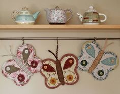 These Butterfly Potholders will lo fabulous in your kitchen! They'll make a beautiful homemade gift. Be sure to view the ly OwlPot Holders as well.