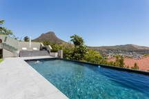 Oranjezicht,Self catering apartment - Apartments for Rent in Cape Town - Get $25 credit with Airbnb if you sign up with this link http://www.airbnb.com/c/groberts22
