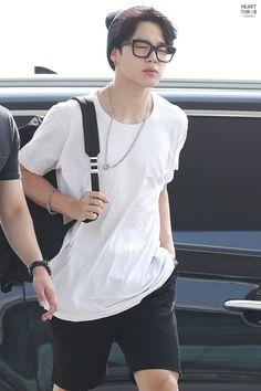 BTS || JIMIN - How does he look so freakin hot wearing glasses and casual clothes while walking, like what human being is like that??!?!??? #BTS #Jimin