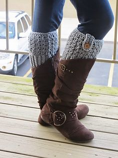 Boot cuffs are a very popular accessory among college kids and they sell like hot cakes at craft fairs. They look stylish peeking out of your boots! It can go well with skinny jeans as well as a dress or a skirt. This is one fashion accessory you wouldn't want to miss! Boot cuffs not only add warmth but also keep snow from getting in to your boots. Whipping these up take only a couple of hours and can make great Christmas gifts. This crochet pattern is simple, quick and yields elegant ...