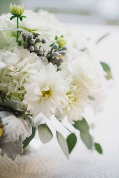 La Tavola Fine Linen Rental: Bubbly Sterling | Photography: Sean Money + Elizabeth Fay, Planning, Coordination & Florals: A Charleston Bride, Rentals: Snyder Rentals, Event Haus and Polished