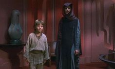 Star Wars (Phantom Menace)_Padme_PreSenate_Gray-purple