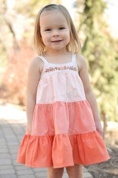 Frocks For Girls, Little Girl Dresses, Girls Dresses, Embroidery Dress, Hand Embroidery, Embroidery Stitches, Embroidery Patterns, Girls Knitted Dress, Kids Dress Wear