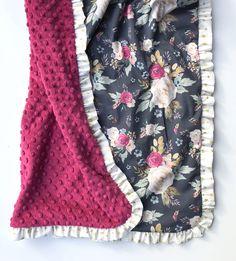 New Baby Girl Nursery Navy Gold Dots 67 Ideas New Baby Girls, Diy For Girls, Baby Kids, Lil Baby, Best Baby Blankets, Baby Girl Blankets, Stroller Blanket, Minky Blanket, Diy Bebe