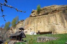 Vestita si enigmatica cetate a regelui Dromihete – Mix de Cultura Cappadocia, Time Travel, Romania, Mount Rushmore, Places To Visit, Mountains, Amazing, Nature, Pictures