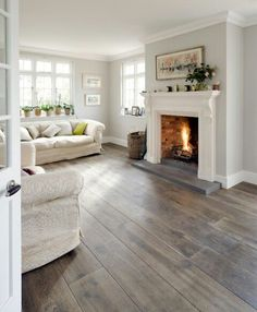 #graywall #woodfloor #grey
