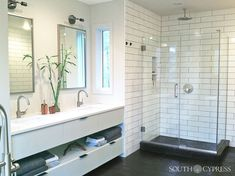 A shower corner with Manhattan Subway Tile creates a clean and elegant look. Bathroom Inspiration, Design Inspiration, Hexagon Tiles, Dream Bathrooms, Subway Tile, Tile Design, Double Vanity, Manhattan, Bathtub