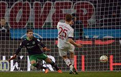 BL 2015/16: 17.Sptg. Hannover 96 - Bayern München 0:1 - Auch die Bayern gingen in Führung. Nach einigen vergebenen Großchancen...