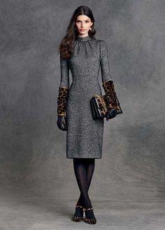 871b72b3af Dolce Gabbana 2016 kış kadın koleksiyonunda leopar desenli çok şık  aksesuarlar var. Feminínna Móda