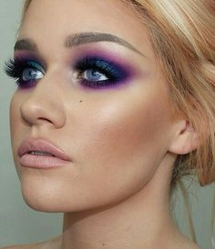 Purple Eyeshadow Using the Urban Decay Electric Palette Pretty Makeup, Love Makeup, Makeup Tips, Beauty Makeup, Hair Makeup, Hair Beauty, Purple Makeup Looks, Girls Makeup, 80s Eye Makeup