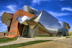 Peter B Lewis building weatherhead school of management case Western Reserve Uuniversity   - Cleveland, Ohio  - USA