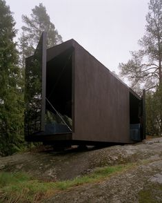 Imanna Arkitekter summer cabin. Would be an amazing studio space.