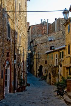 Castagneto Carducci, lovely town in Tuscany. This years summer destination !