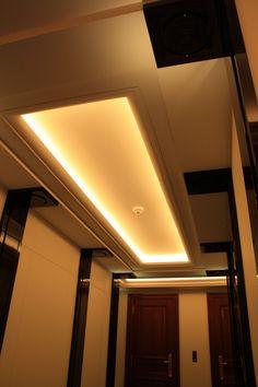 Plafond moderne staff
