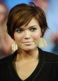 Pixie Cuts For Overweight Women   ... pixie hair and fringe for women 3 Clean Medium Hairstyles with Pixie