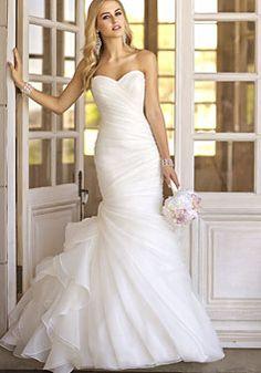 natural waist lace-up sweetheart organza trumpet wedding dress
