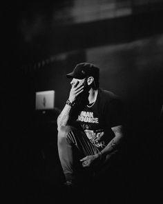 No caption needed Eminem 2017, Eminem Rap, Eminem Wallpapers, Best Rapper Ever, The Real Slim Shady, Eminem Slim Shady, Rap God, Celebrity Wallpapers, Celebrity Dads