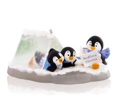 Penguin tales Hallmark Ornament 2015