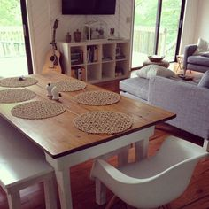 dining table. wood top, white painted legs