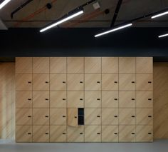 Studio Perspektiv completed the design for the EOH IT Hub located in Prague, Czech Republic. The two-storey office space is located in the Main Point Office Lockers, Locker Designs, Bar Designs, Exposed Ceilings, Concrete Ceiling, Industrial Office Design, Traditional Office, Led Lighting Solutions, Material Board