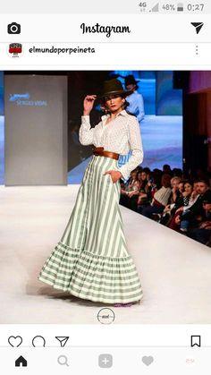 Rocio Flamenco Costume, Spanish Fashion, African Dress, Rock, Casual Chic, Dress Skirt, Marie, Fashion Show, Chelsea