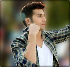 I cannot tell how much I love your cutness  varun dhawan