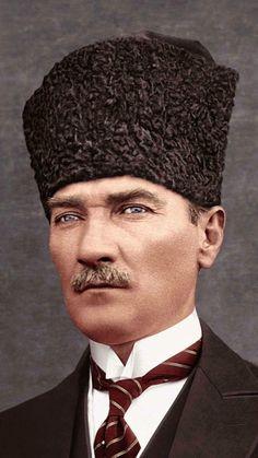 Bir tek Türk'ün bile Atatürk'e sövebildiği Türkiye nesi ile övünebilir? Camilerimizde dolaylı veya dolaysız sövüyorlar ona! O camiler ki, Atatürk olmasaydı, pek çoğunun minareleri çoktan çan kuleleri olacaktı. Falih Rıfkı Atay Birthday Frames, Ottoman Empire, Wallpaper S, Photo Art, Fantasy Art, Coloring Pages, 1, The Incredibles, Art Prints