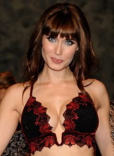Pilar Rubio: girlfriend of Spain's Sergio Ramos – click the arrow to see more 2014 World Cup WAGs Football Wags, Footballers Wives, Spanish Actress, World Cup, Girlfriends, Breast, Actresses, Celebrities, Hair Styles