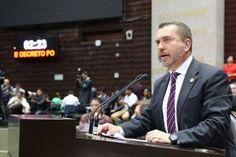 Respalda el Diputado Federal, Hugo Cabrera, en sesión ordinaria de la Cámara de Diputados, dictamen de la Comisión de Salud...