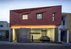 Built by Plastik Arquitectos in Aguascalientes, Mexico with date 2014. Images by Oscar Hernández. This project consists in remodeling and extension of a house that we designed a few years ago, we developed the origi...