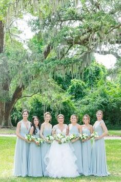 Aug 2019 - A First Look That Will Melt Your Heart with the Grooms Reaction Light Blue Bridesmaid Dresses, Bridesmaid Dress Styles, Bridesmaid Proposal, Vintage Wedding Theme, Blue Wedding, Dream Wedding, Garden Wedding, Wedding Ideas, Bridesmaids And Groomsmen