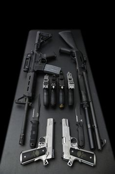 Rifle, shotgun, 6 pistols and 2 knives. Why not just carry more ammo or learn to use what you have? Zombie Weapons, Weapons Guns, Guns And Ammo, Zombie Apocalypse Survival Weapons, Zombie Survival Weapons, Zombies Survival, Airsoft, Wallpaper Arma, Rifles