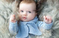 Oppskrift: Smetteskjerf til baby   Puff Baby Knitting, Children, Barn, Design, Young Children, Boys, Converted Barn, Child, Barns