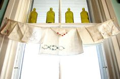 Old napkins = kitchen curtain/banner