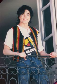 michael jackson Here you'll see some Pics of MJ,Janet,their brothers or Michaels Children. I hope you enjoy it Michael Jackson Wallpaper, Michael Jackson Kunst, Michael Jackson Smile, Michael Jackson Outfits, Michael Jackson Poster, Paris Jackson, Johnny Depp, Jackson Family, Jackson Bad