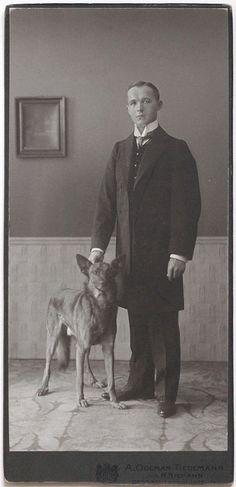 Superb VINT.1917 CC gentleman with dog, like August Sander, Dessau