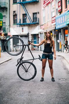 New Yorker Stil ~ Inspirationsfotos - Mode - Urban Cycling, Urban Bike, New Yorker Stil, Fixed Gear Girl, Cycling Girls, Cycle Chic, Bike Style, Ny Style, Fixed Bike