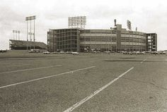 Metropolitan Stadium, Bloomington, MN Dad and I spent many an afternoon in the bleachers. Demolished in January 1985 to make way for the Mall of America. Minnesota Vikings Football, Minnesota Twins, Sports Stadium, Sport Football, Metropolitan Stadium, Nfl Stadiums, Mall Of America, Make Way, Twin Cities