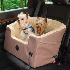 Heated Car Seat so the pooches can stay cozy for the drive! / Hammacher Schlemmer