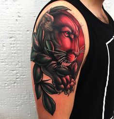 Tattoo artist Mike Stockings color neo traditional animal tattoo in an authors style | UK