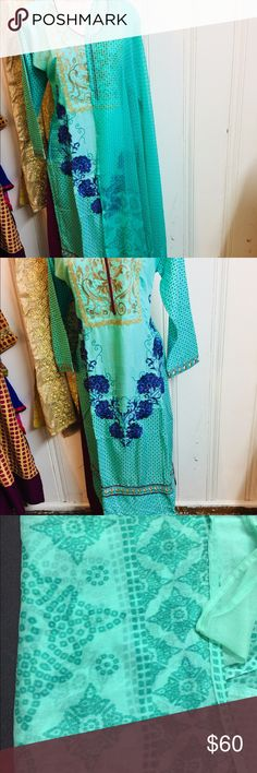 Indian Salwar Kameez Flower 🌸 embroidery design stitched Salwar Kameez size 40 Dresses