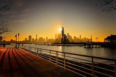 New York City Feelings - Imagine waking up to this view by @8thrulephoto