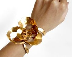 Gold Corsage...how cool?!?