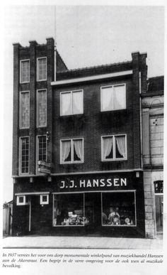 Muziekwinkel Hanssen Spekholzerheide Broadway Shows, Sculpture, Street, Places, Movie Posters, Movies, Lugares, Film Poster, Films