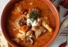 Hungarian Recipes, Gazpacho, Kaja, My Recipes, Thai Red Curry, Pork, Healthy Eating, Food And Drink, Meals
