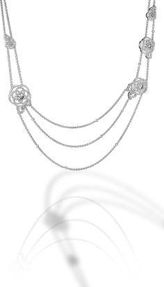 Camélia Sautoir in 18K white gold and diamonds.