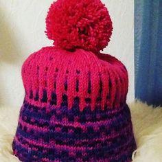 #design_by_itu #design #byitu #Petri #pipo #railo #pinkki #käsinneulottu #handmadeinfinland #käsityökortteli #avainlipputuote #avainlippu Itu, Petra, Crochet Hats, Beanie, Photo And Video, Design, Crocheted Hats, Beanies, Design Comics